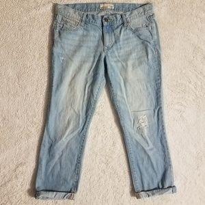 Old Navy light capri jeans